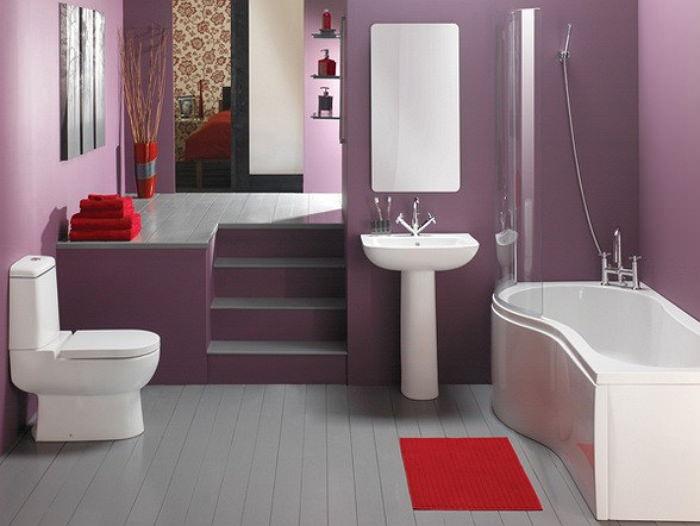 Пурпурная краска в ванной