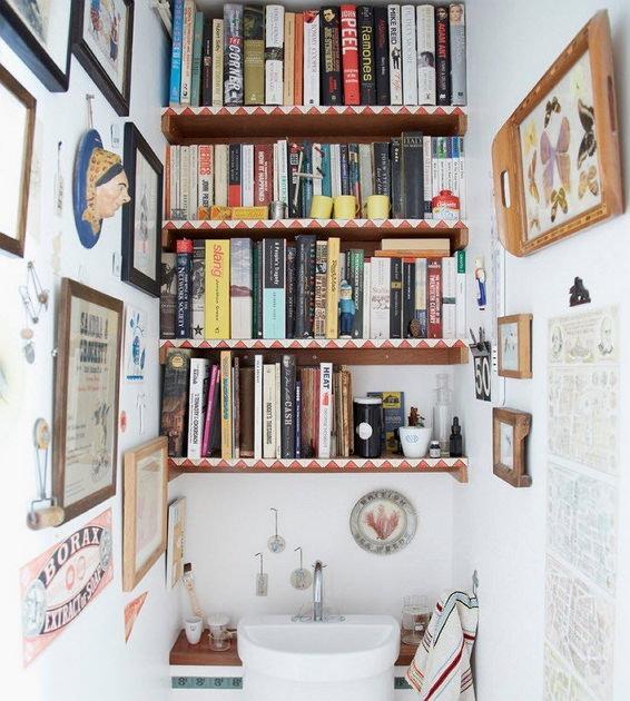 Библиотека в туалете