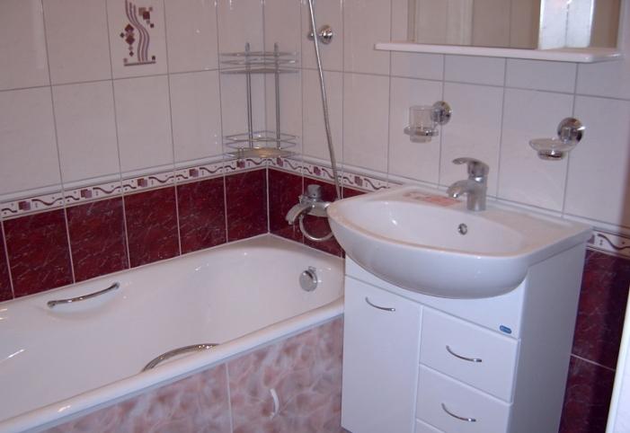 Расстояние между смесителем и ванной