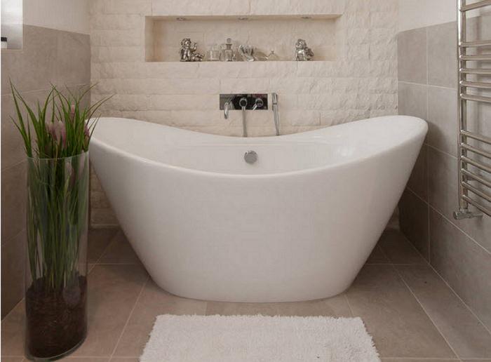 Акриловая модель отдельно стоящей ванны