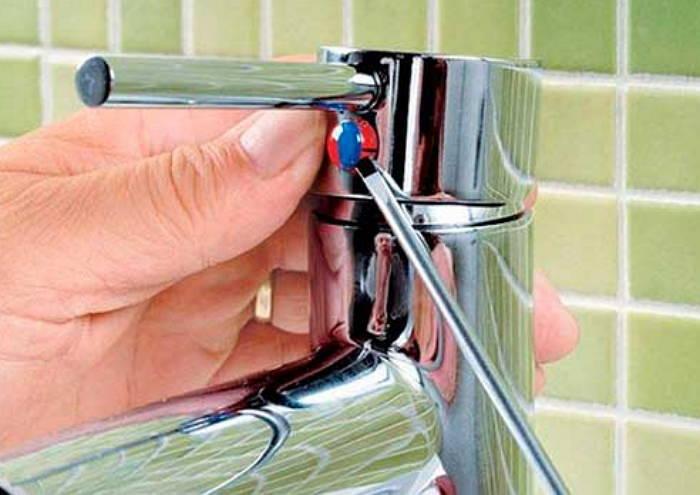 Как отремонтировать смеситель в ванной