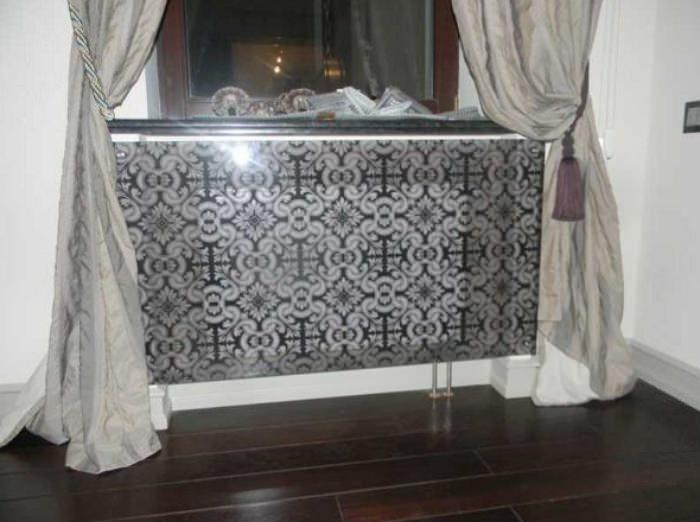Стеклянная панель для радиатора